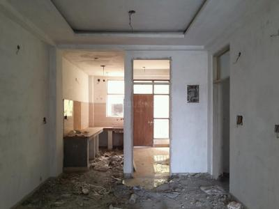 Gallery Cover Image of 1200 Sq.ft 3 BHK Independent Floor for buy in Govindpuram for 2800000