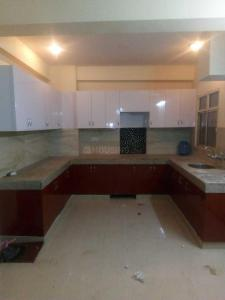 Gallery Cover Image of 1800 Sq.ft 3 BHK Apartment for rent in Omicron I Greater Noida for 11000