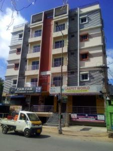 Gallery Cover Image of 1200 Sq.ft 2 BHK Apartment for buy in New Mallepally for 4800000