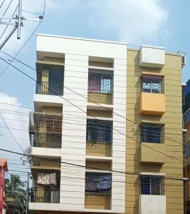 Gallery Cover Image of 1400 Sq.ft 3 BHK Apartment for rent in Baishnabghata Patuli Township for 12000