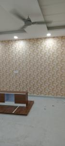Gallery Cover Image of 1100 Sq.ft 2 BHK Apartment for rent in Sector 18 for 15000