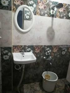 Common Bathroom Image of Gopu Home Stay in Nagavara