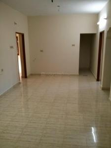 Gallery Cover Image of 1000 Sq.ft 2 BHK Apartment for rent in Sri Bhavani Foundations, Sithalapakkam for 9000