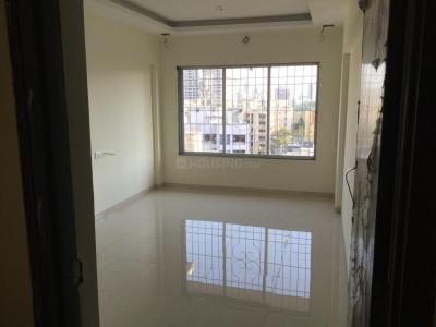 Gallery Cover Image of 550 Sq.ft 1 BHK Apartment for rent in Borivali West for 18000