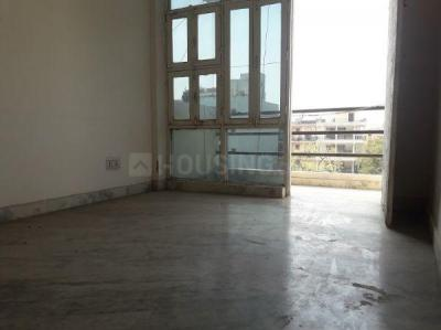 Gallery Cover Image of 1050 Sq.ft 2 BHK Apartment for rent in Jasola for 25000