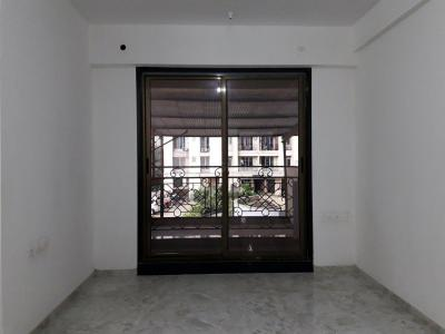 Gallery Cover Image of 1215 Sq.ft 3 BHK Apartment for buy in Thane West for 16300000