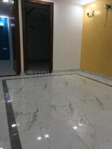 Gallery Cover Image of 750 Sq.ft 2 BHK Apartment for buy in Chhattarpur for 3800000