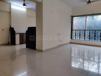 Gallery Cover Image of 1450 Sq.ft 3 BHK Apartment for rent in Thakur Kedarnath Tower, Andheri West for 70000