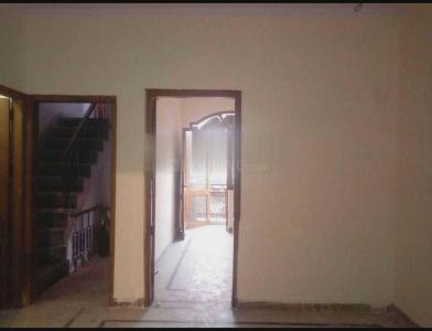 Gallery Cover Image of 680 Sq.ft 2 BHK Independent Floor for rent in Sector 22 Rohini for 12500
