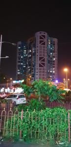 Gallery Cover Image of 1150 Sq.ft 2 BHK Apartment for rent in Sai Chaturbhuj, Kharghar for 26000