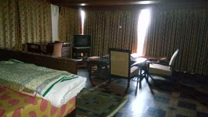 पश्चिम विहार में बॉइज़ एंड गर्ल्स पीजी में लिविंग रूम की तस्वीर