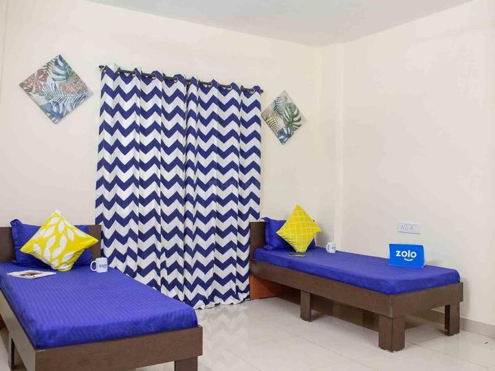 कुकटपल्ली में ज़ोलो मिडवे में बेडरूम की तस्वीर