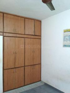 Gallery Cover Image of 2100 Sq.ft 4 BHK Apartment for rent in Mayur Vihar II for 40000