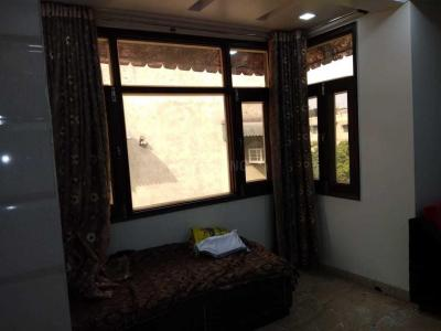 Gallery Cover Image of 1000 Sq.ft 2 BHK Apartment for rent in Sector 13 Rohini for 22000
