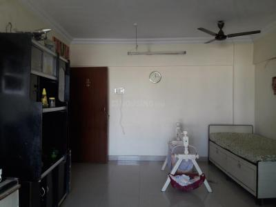 Gallery Cover Image of 845 Sq.ft 2 BHK Apartment for rent in Borivali East for 32000