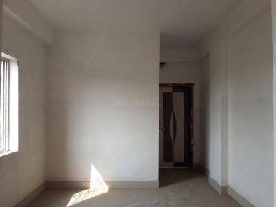 Gallery Cover Image of 650 Sq.ft 2 BHK Apartment for buy in om apartment, Rajarhat for 1950000
