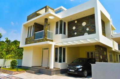 Gallery Cover Image of 2000 Sq.ft 4 BHK Villa for buy in Thrippunithura for 12000000