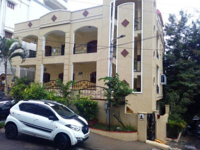 Gallery Cover Image of 1200 Sq.ft 2 BHK Independent House for rent in Banjara Hills for 25000