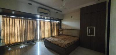 Gallery Cover Image of 950 Sq.ft 2 BHK Apartment for rent in Juhu for 79000