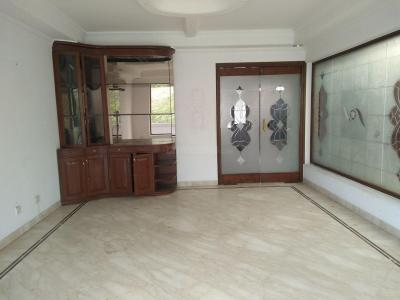 Gallery Cover Image of 3240 Sq.ft 3 BHK Independent Floor for buy in Golf Links for 170000000