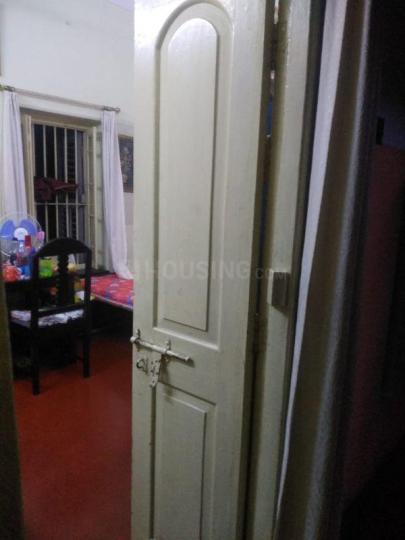 कालीघाट में गोपाल टावर्स में बेडरूम की तस्वीर