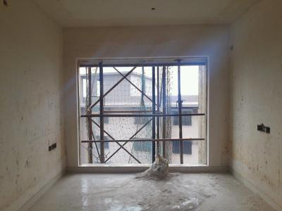 Gallery Cover Image of 850 Sq.ft 2 BHK Apartment for buy in Rustomjee Meridian, Kandivali West for 11000000