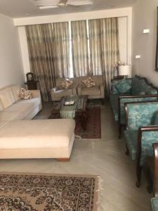 Gallery Cover Image of 2250 Sq.ft 3 BHK Apartment for buy in CGHS Agrasen Apartment, Sector 52 for 11000000
