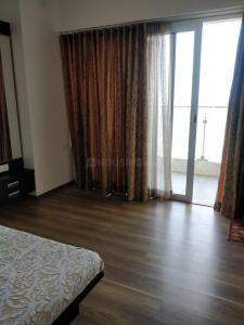 Gallery Cover Image of 600 Sq.ft 1 BHK Apartment for rent in Prabhadevi for 75000