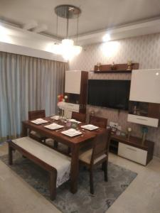 Gallery Cover Image of 2215 Sq.ft 3 BHK Independent Floor for buy in Sector 28 Dwarka for 18500000