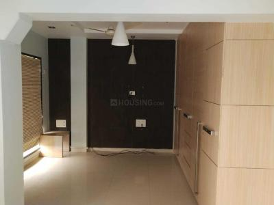Gallery Cover Image of 560 Sq.ft 1 BHK Apartment for rent in Borivali West for 25000