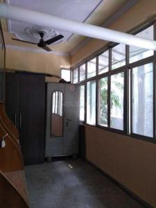 Gallery Cover Image of 1350 Sq.ft 3 BHK Apartment for buy in Patparganj for 11000000