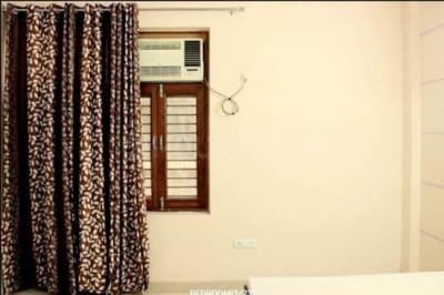 Gallery Cover Image of 1250 Sq.ft 2 BHK Apartment for rent in Sector 74 for 15000