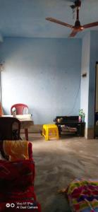 Gallery Cover Image of 1400 Sq.ft 1 BHK Independent House for rent in Maheshtala for 3200