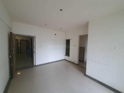 Gallery Cover Image of 950 Sq.ft 2 BHK Apartment for buy in Kalpataru Hills, Thane West for 11000000