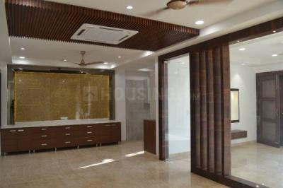 Gallery Cover Image of 2520 Sq.ft 4 BHK Independent Floor for buy in Laxmi Nagar for 36500000