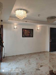 Gallery Cover Image of 920 Sq.ft 2 BHK Apartment for buy in SKA Metro Ville, Eta II for 2680000