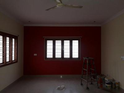 Gallery Cover Image of 1500 Sq.ft 3 BHK Independent Floor for rent in Hebbal Kempapura for 17000