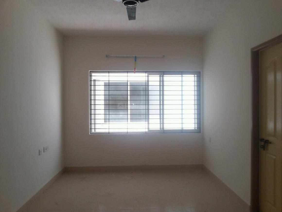 Living Room Image of 728 Sq.ft 2 BHK Apartment for rent in Oragadam for 7000