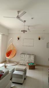 Gallery Cover Image of 1340 Sq.ft 3 BHK Apartment for rent in Saya Zion, Noida Extension for 13500