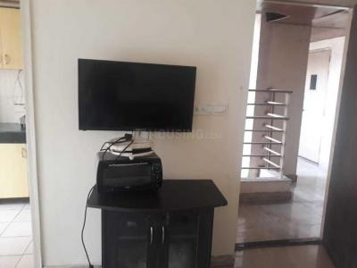 Gallery Cover Image of 925 Sq.ft 2 BHK Apartment for rent in Sector 137 for 19500