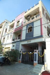 Gallery Cover Image of 800 Sq.ft 2 BHK Apartment for rent in Jeedimetla for 8000