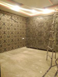 Gallery Cover Image of 880 Sq.ft 2 BHK Independent Floor for buy in Sector 75 for 2425000