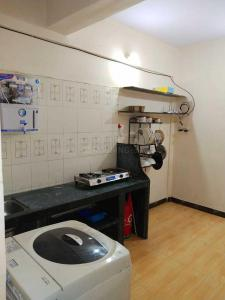 Kitchen Image of P. G Home in Airoli