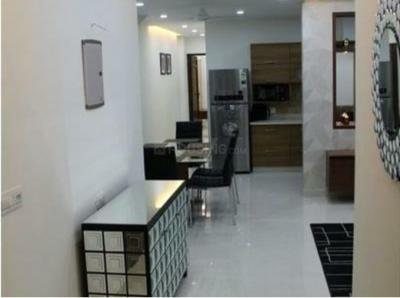 Gallery Cover Image of 1900 Sq.ft 3 BHK Apartment for rent in Dalanwala for 45000