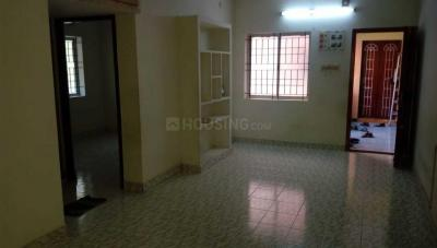 Gallery Cover Image of 820 Sq.ft 2 BHK Apartment for rent in Selaiyur for 9500