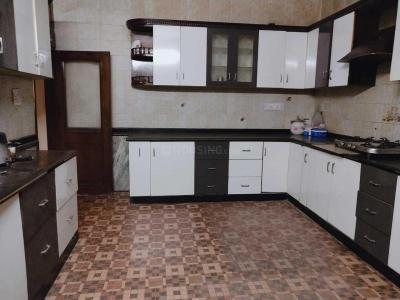 Kitchen Image of Anugraha P.g in Sector 15