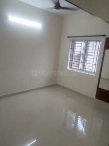 Gallery Cover Image of 850 Sq.ft 2 BHK Apartment for rent in Palavakkam for 22000