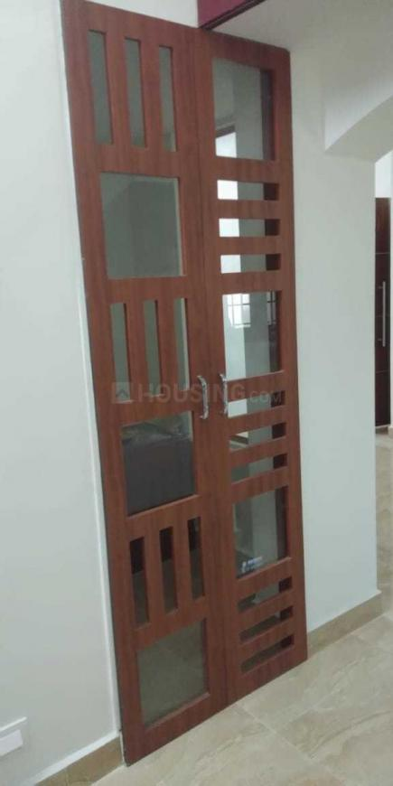 Living Room Image of 1300 Sq.ft 3 BHK Apartment for rent in Sembakkam for 17000