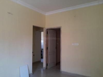 Gallery Cover Image of 795 Sq.ft 2 BHK Apartment for rent in Nanmangalam for 12000