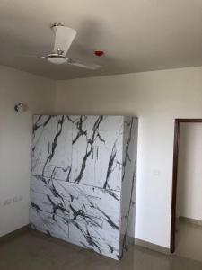 Gallery Cover Image of 1800 Sq.ft 3 BHK Apartment for rent in Zeta I Greater Noida for 21000
